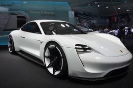 Frankfurt-Motor-Show-3dosetki.pl-Porsche-Mission-E-2