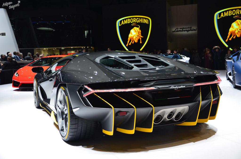Premiera Lamborghini Centenario LP770-4, tył, rear, wydech, dyfuzor, najciekawsze premiery motoryzaycjne tylko o super-samochodach.