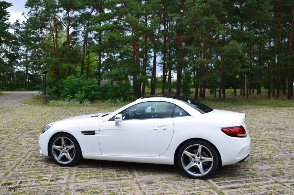 Dzień z Mercedesem - Mercedes-Benz SLC300, testy samochodów, blog motoryzacyjny, opisy superaut, strona motoryzacyjna, test mercedes, witryna z autami, premiery motoryzacyjny, strona o motoryzacji, testy, targi, podróże motoryzacyjne.