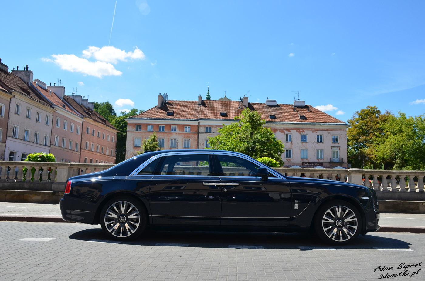 Bok auta: Rolls-Royce Ghost Extended Wheelbase
