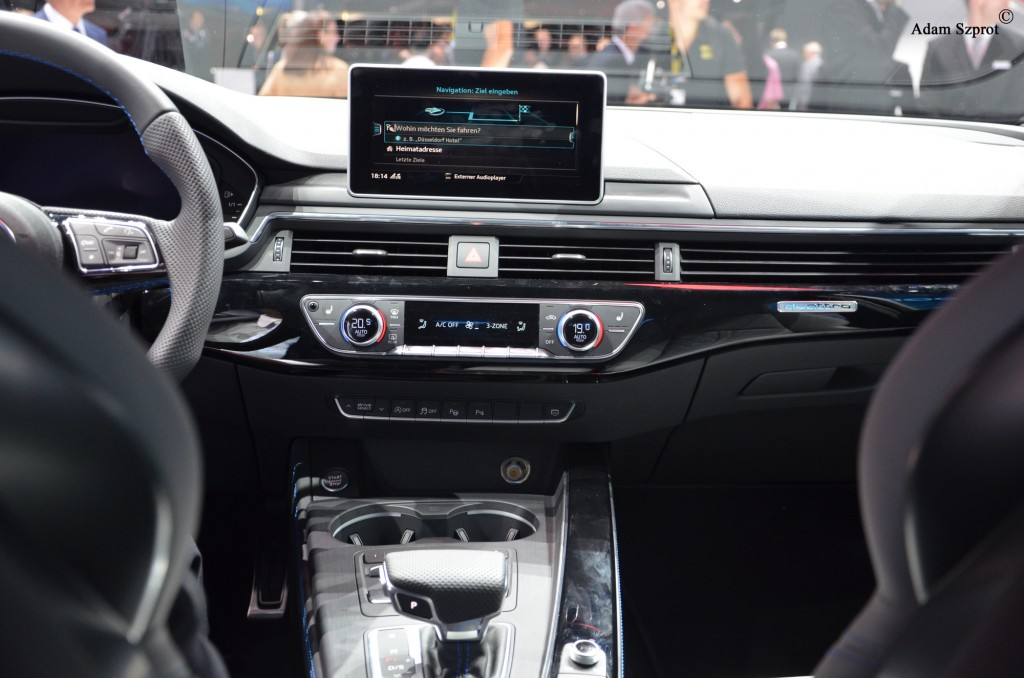 Frankfurt-Motor-Show-3dosetki.pl-Audi-S4-3