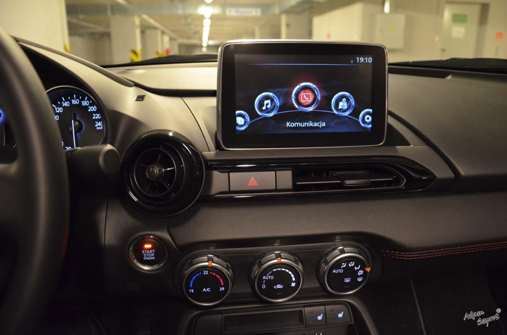 Mazda MX-5 - MMI - 3dosetki.pl - ciekawa strona o motoryzacji