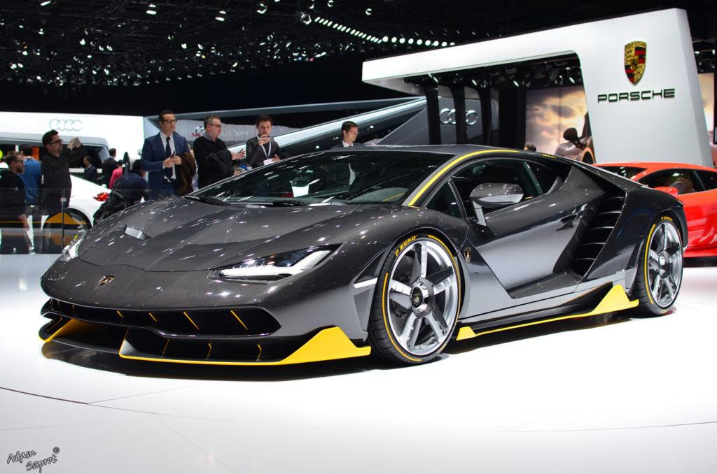 Premiera Lamborghini Centenario LP770-4, przód Lamborghini, blog motoryzacyjny, serwis motoryzacyjny, artykuły o samochodach, najciekawsze auta.