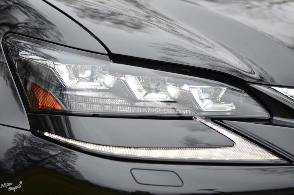 Światła przednie Lexus GS450h F-Sport, opisy samochodów i supersamochodów, blog samochodowy, blog motoryzacyjny