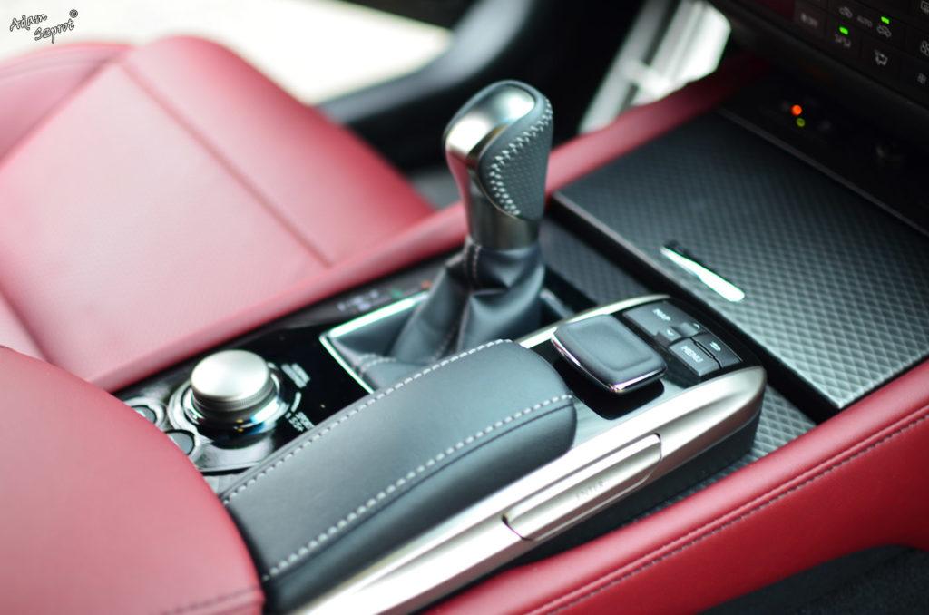 Test Lexus GS450h F-Sport, opisy samochodów i supersamochodów, blog samochodowy, blog motoryzacyjny