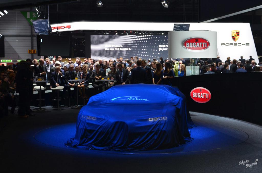 Bugatti Chiron, premiera mtoryzacjna, blog motoryzacyjny, serwis motoryzacyjny, artykuły o samochodach, najciekawsze auta.