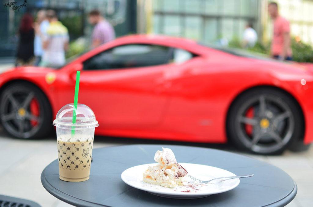 Spotkanie pasjonatów motoryzacji przy kawie w DaftCafe.