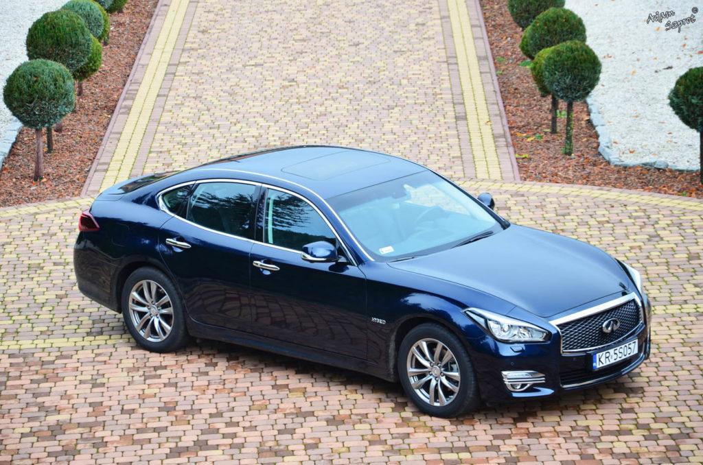 Test samochodu Infiniti Q70 3,5V6 hybrid, strona motoryzacyjna, blog motoryzacyjny, strona o samochodach, portal motoryzacyjny