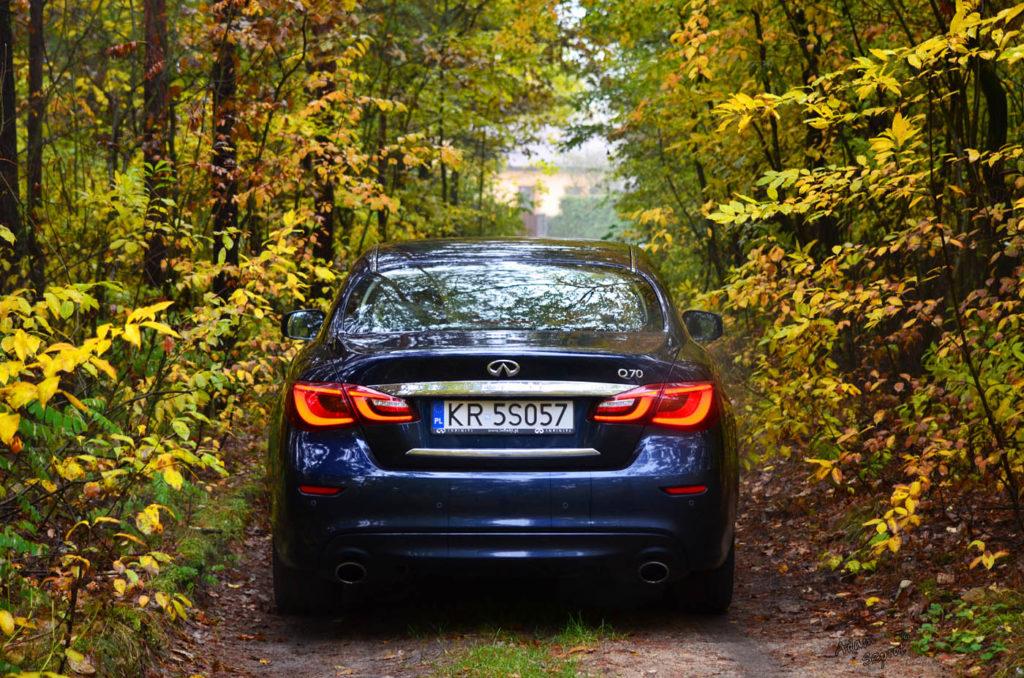 Testy samochodów, Infiniti Q70 hybrid, blo motoryzacyjny, blog o samochodach, auta, motoryzacja