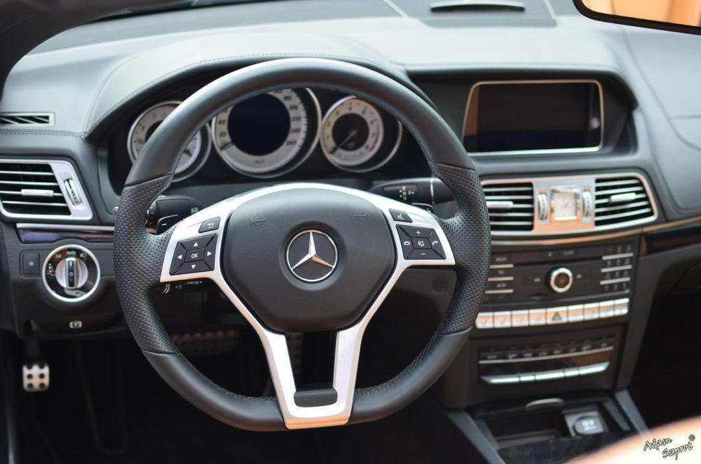 Mercedes-Benz E 250 Coupe / E 400 Kabriolet - wnętrze mercedesa, blog motoryzayjny, blog o samochodach, blog o autach, motoryzacja, samochody, opiy i recenzje aut