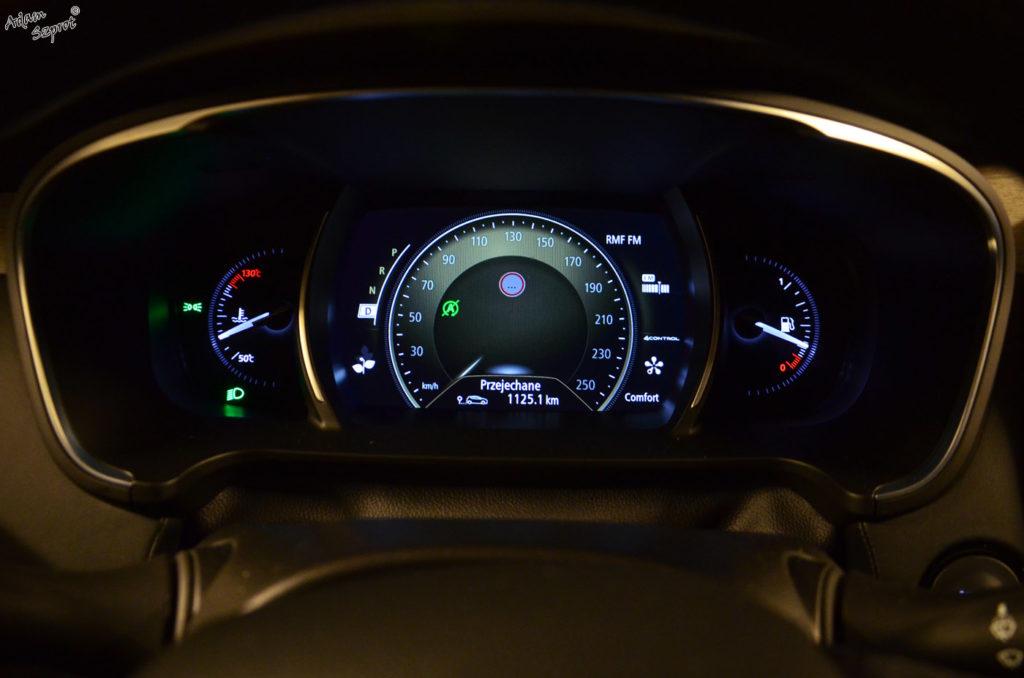 Zegary testowanego Renault Talisman, najlepszy blog motoryzacyjny, strona o samochodach, testy aut, premiery