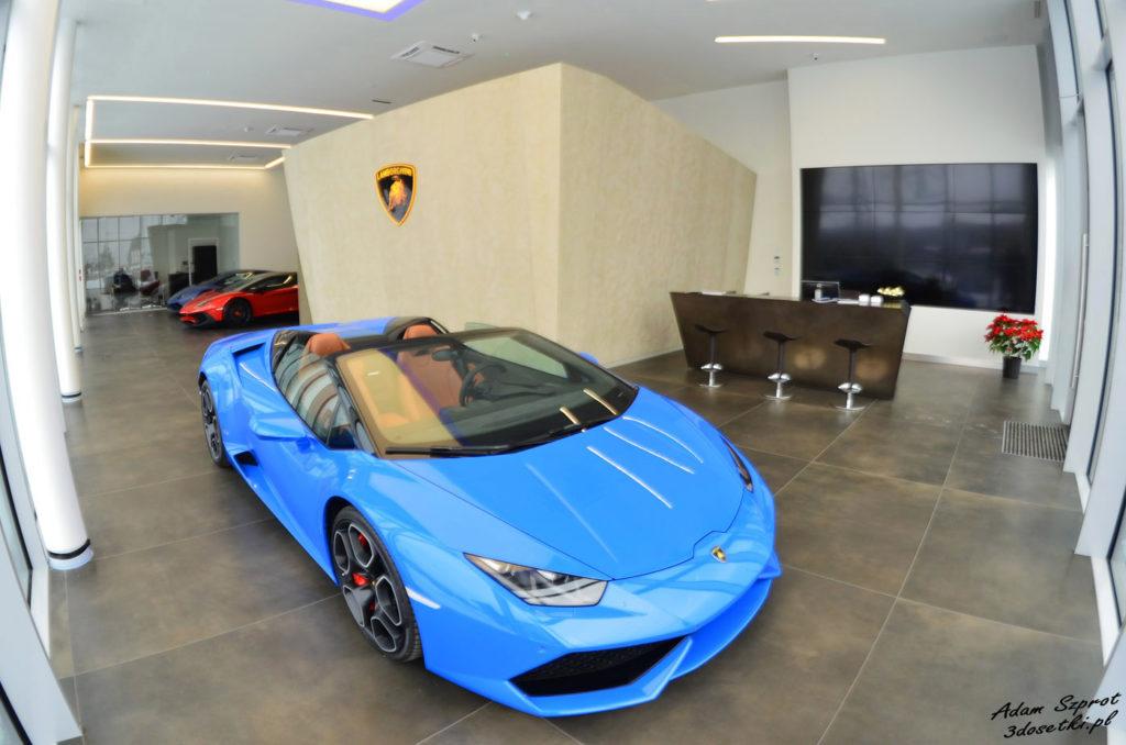 Nowy Salon Lamborghini w Warszawie - akcesoria, ad persona, strona motoryzacyjny, strona Lamborghini, testy samochodów, podróże motoryzacyjne, blog motoryzacyjny, auta, samochody, opieys, testy