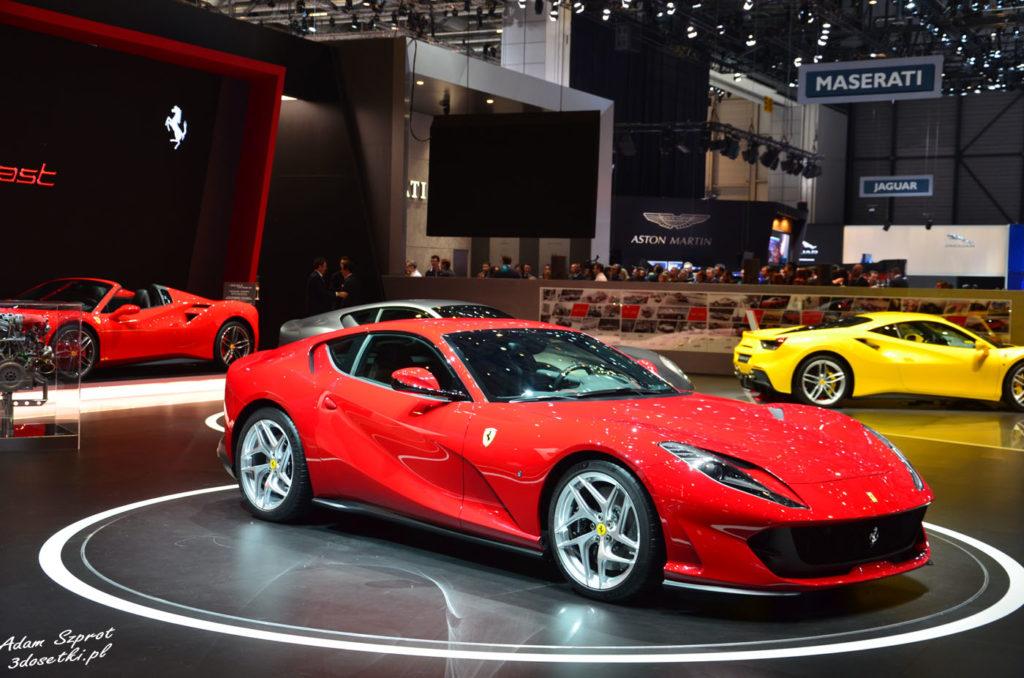 Ferrari 812 Superfast - premiera targów motoryzacyjnych Geneva Motor Show, blog motoryzacyjny, strona o samochodach