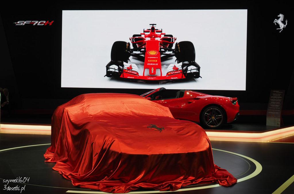 Ferrari 812 Superfast - premiera targów motoryzacyjnych Geneva Motor Show, blog motoryzacyjny