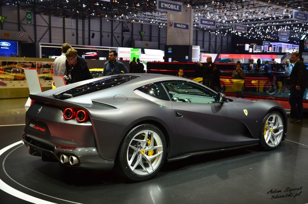 Ferrari 812 Superfast - premiera targów motoryzacyjnych Geneva Motor Show, blog motoryzacyjny, portal motoryzacyjny
