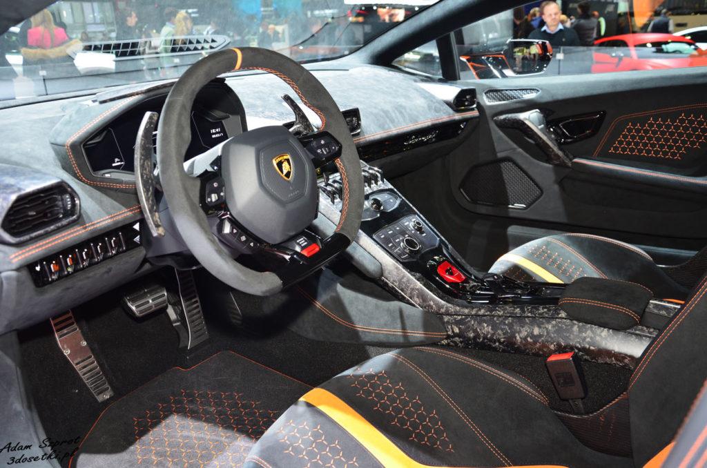 Genewa Motor Show 2017 - Lamborghini Huracan Performante, portal o samochodach