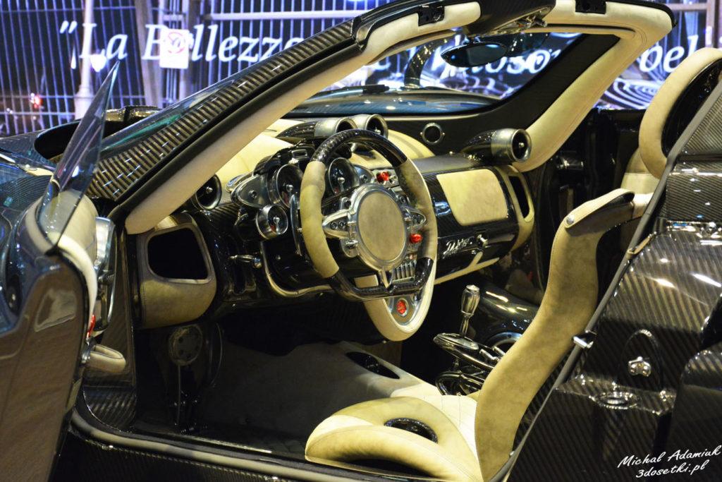 Targi samochodowe w Genewie - premiera Pagani Huayra Roadster