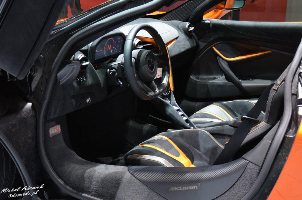 Premiera McLarena 720S na Geneva Motor Show 2017 - wnetrze, blog motoryzacyjny, serwis o samochodach, wnętrze McLarena 720S