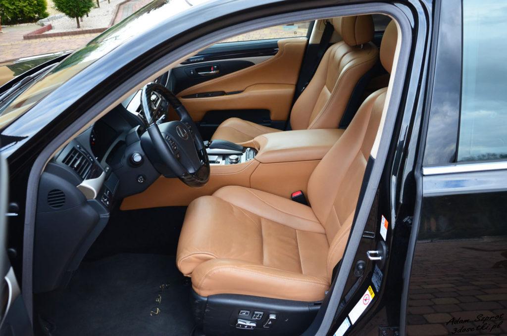 Lexus LS 600h L Superior – test samochodu - wnętrze - blog motoryzacyjny
