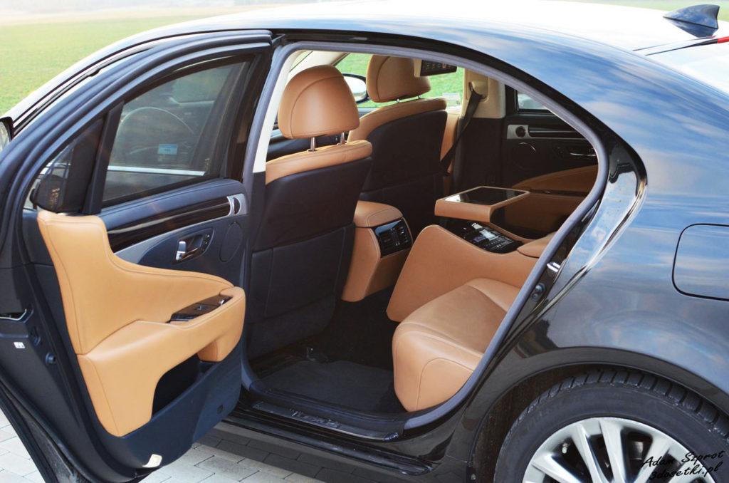 Zapraszamy do środa Lexusa LS - blog motoryzacyjny