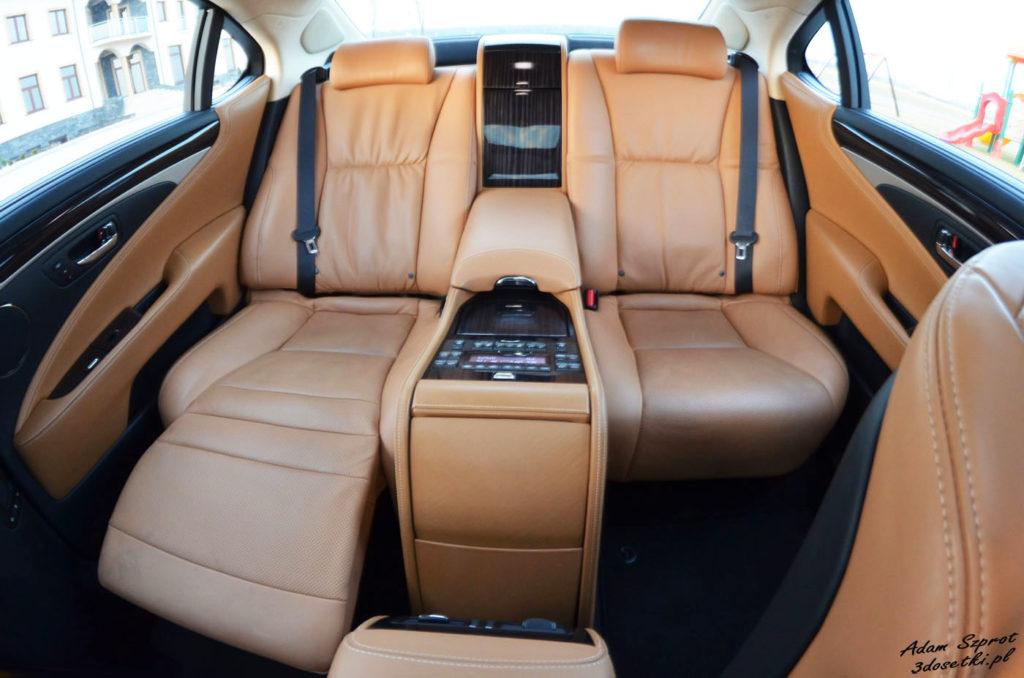 Lexus LS600h L Superior w teście na 3dosetki - luksusowym blogu