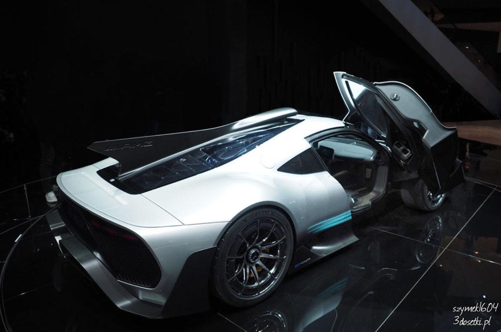 Mercedes-AMG Project ONE - premiera motoryzacyjny, blog samochodowy