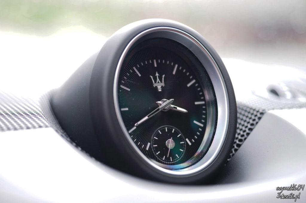 Zegar Maserati Levante, blog motoryzacyjny