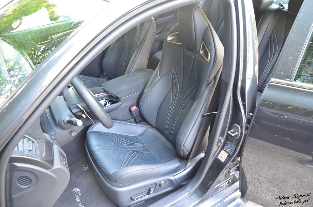 Wnętrze Lexusa GS F - blog o motoryzacji