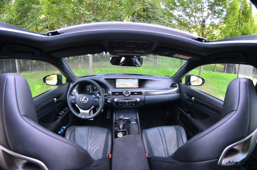 Wnętrze Lexusa GS F, blog o motoryzacji