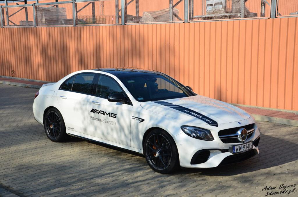 Mercedes-AMG E63 S - test samochodu, widok z boku