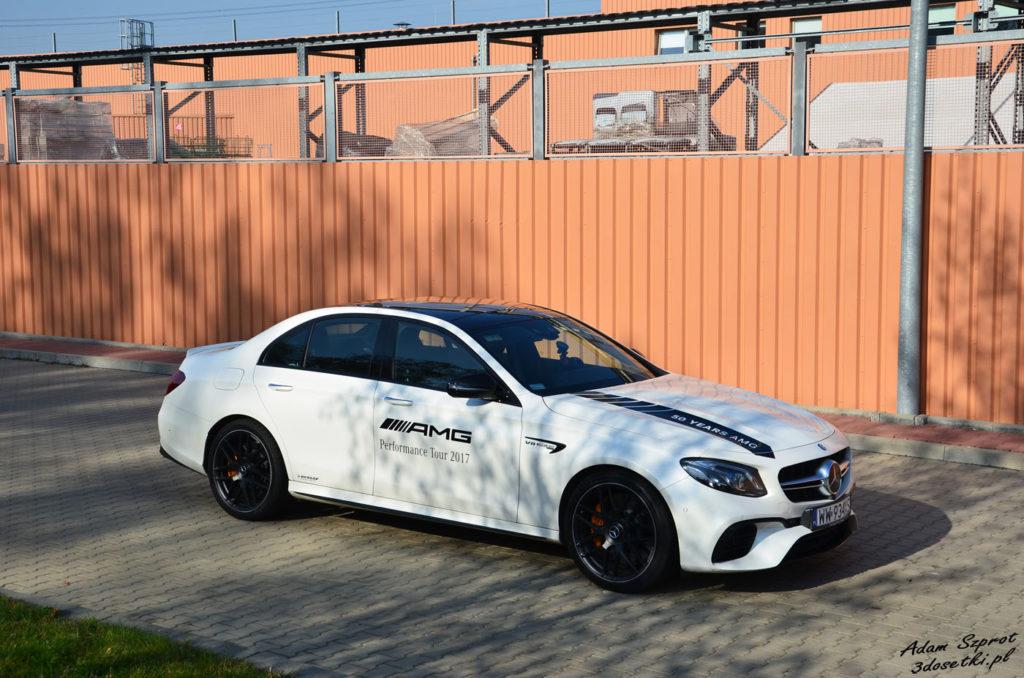Mercedes E63 AMG S - najszyszy sedan świata na blogu o samochodach
