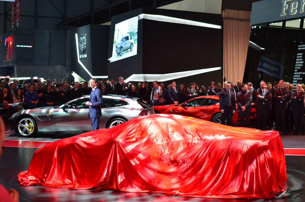 Relacja z premiery Ferrari 488 Pista
