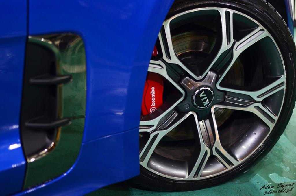 Felgi w nowej Kia Stinger GT, testy motoryzacyjne, blog o samochodach