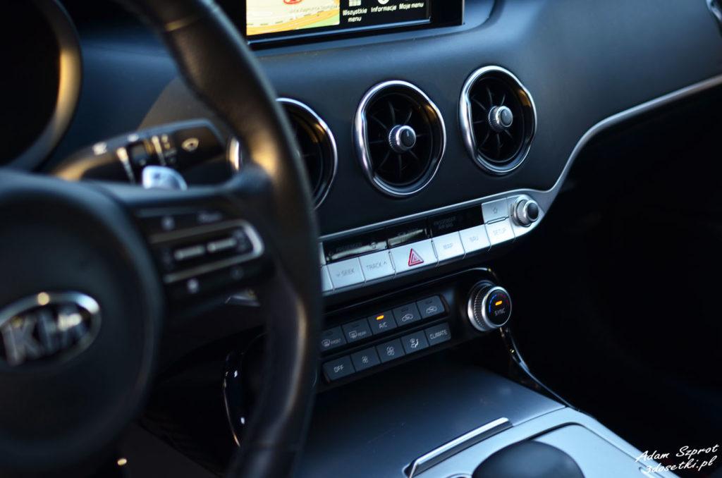 Detale wnętrza - test - Kia Stinger GT, testy samochodów