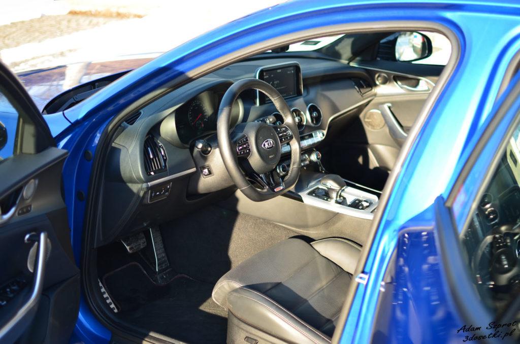 Wnętrzej nowej Kia Stinger GT 3,3l V6