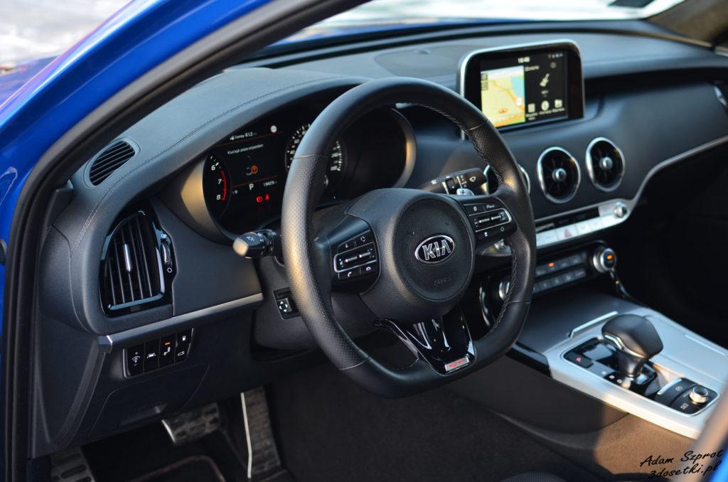 Wnętrzej nowej Kia Stinger GT 3,3l V6, blog motoryzacyjny