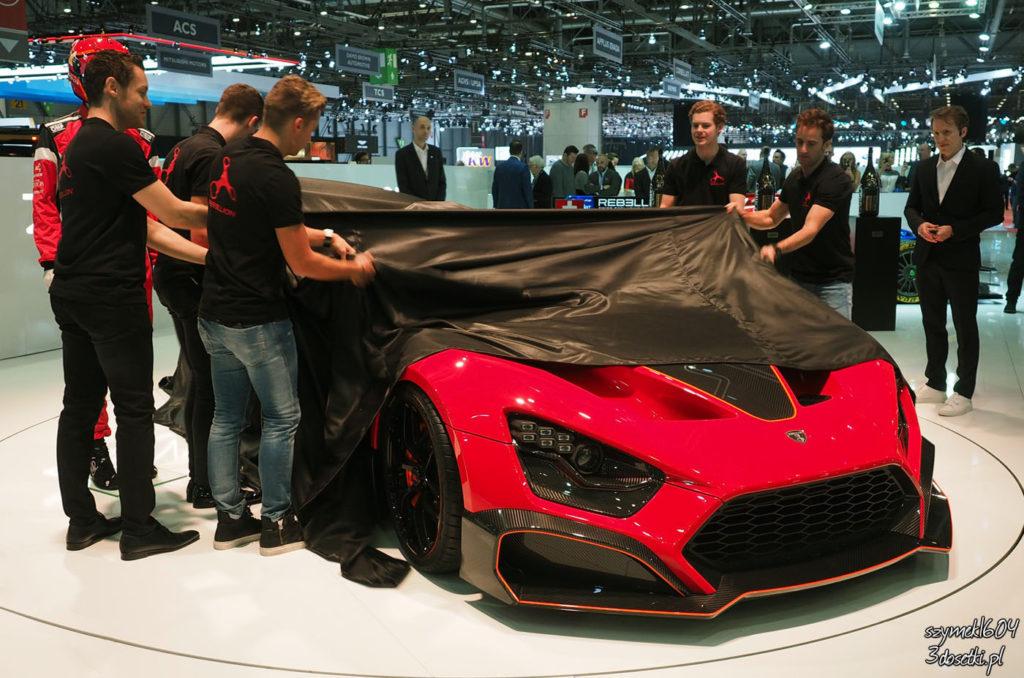 Odłonięcie Zenvo TSR-S na blogu motoryzacyjnym
