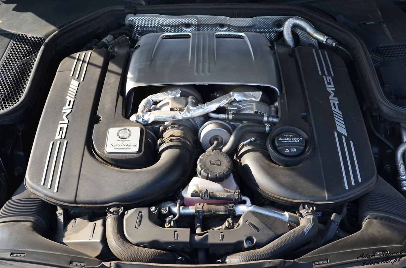 Silnik Mercedesa-AMG C 63 S