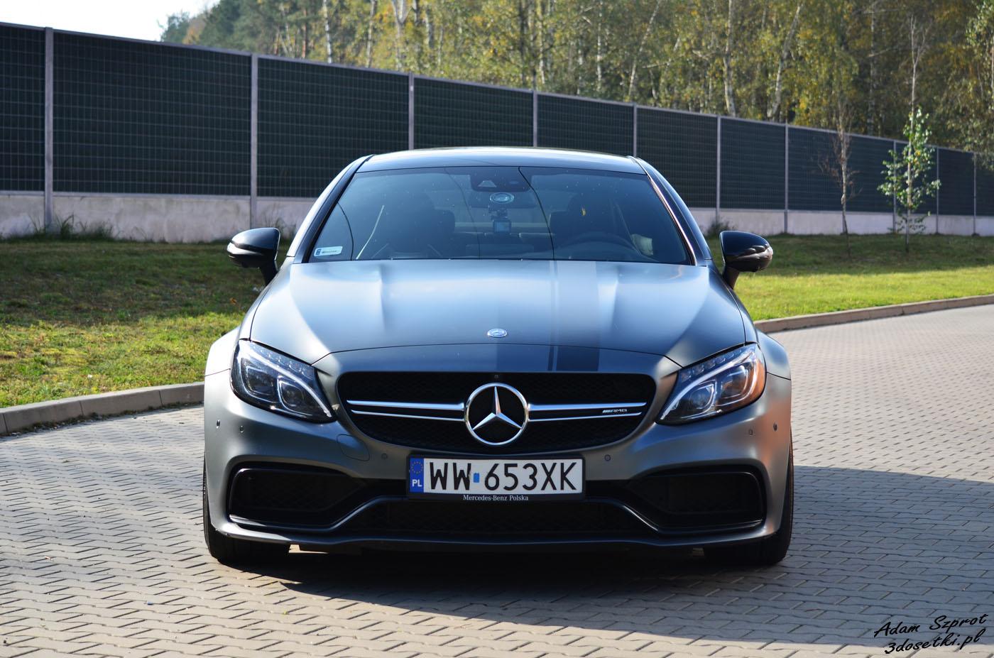 Wyjątkowy Mercedes widziany z przodu
