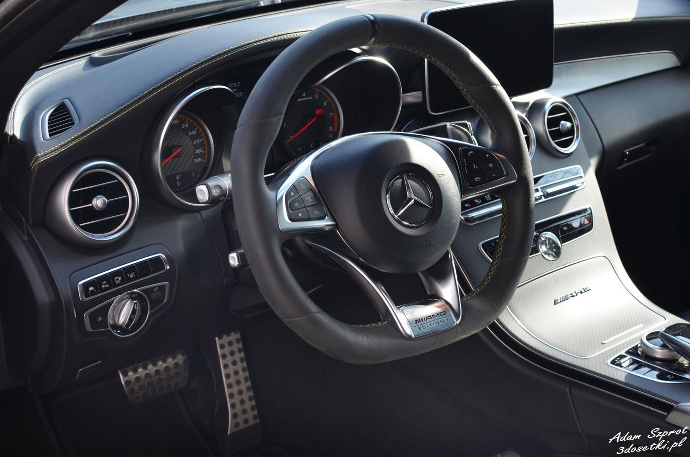 Wnętrze i kierownica Mercedes-AMG C 63 S Coupé Edition 1