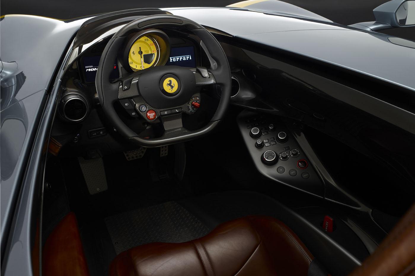 Premiera Ferrari Monza SP1 wnętrze
