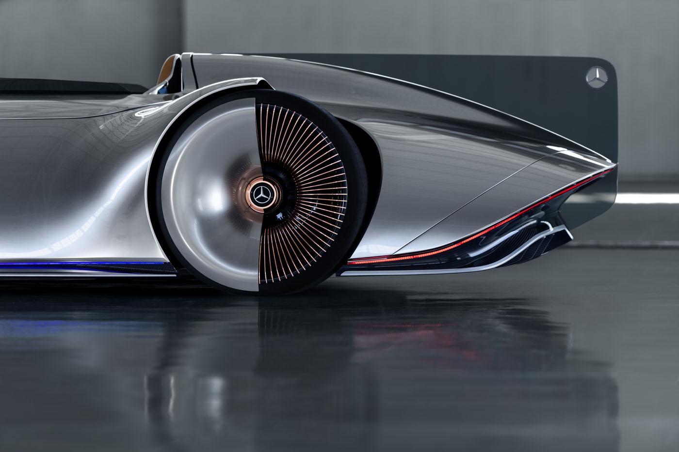 Mercedez-Benz Vision EQ Silver Arrow