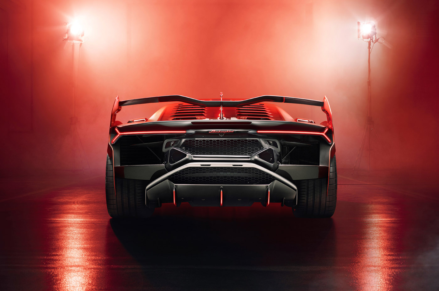 Tył Lamborghini SC18 Alston
