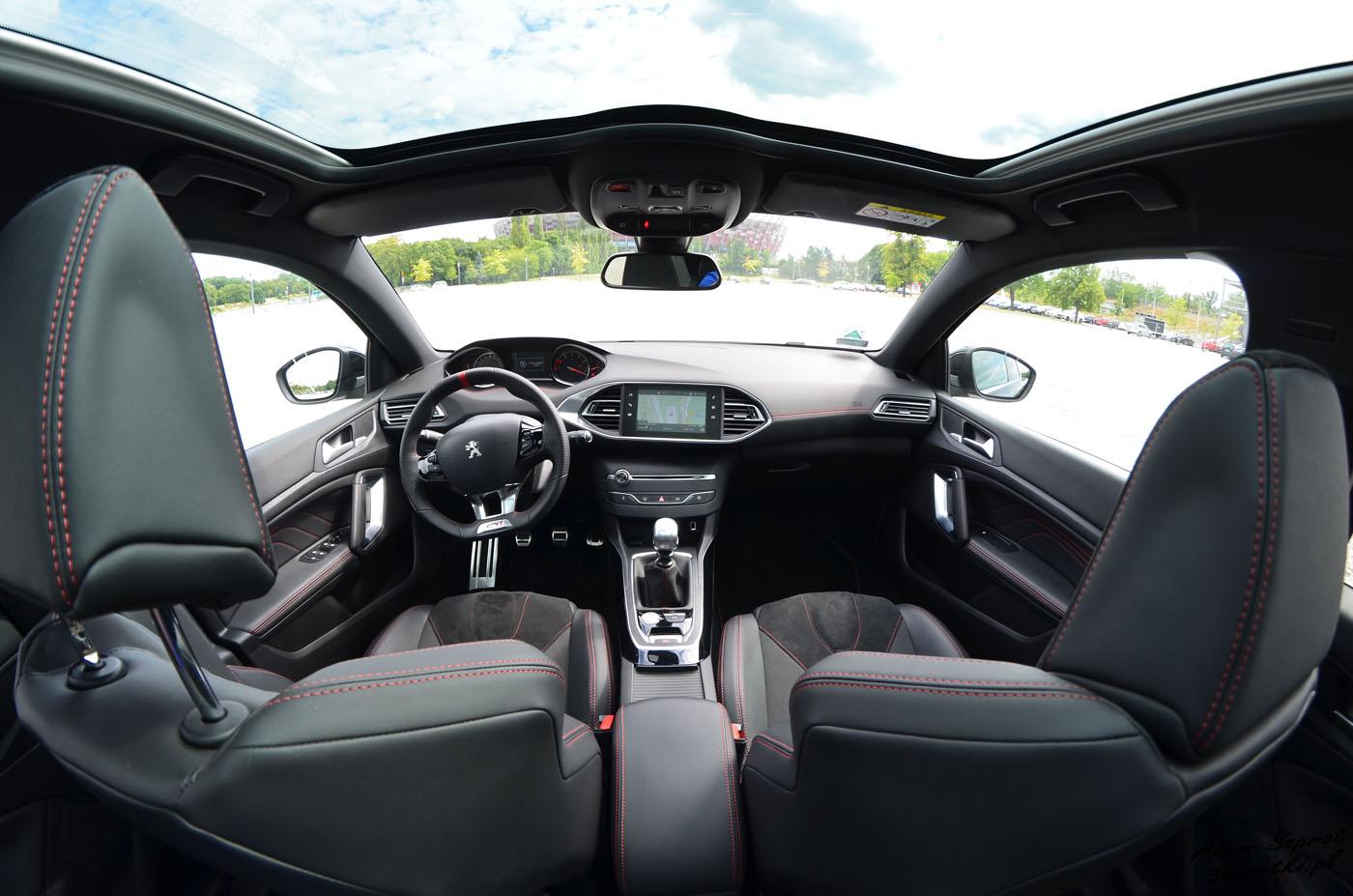 Wnętrze Peugeota 308 GTi