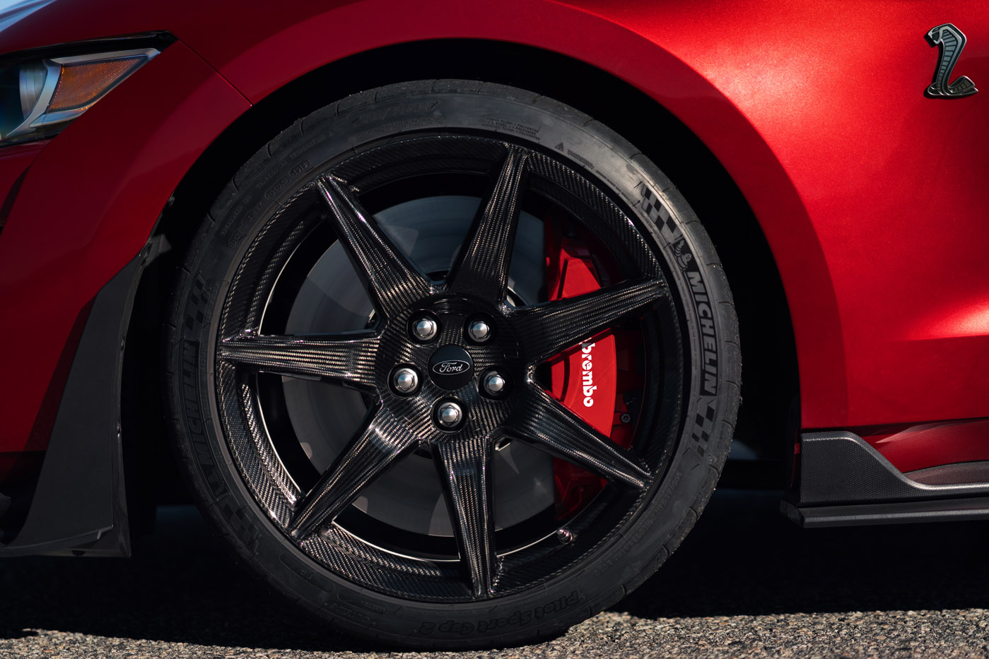 Felgi i hamulce - Ford Mustang Shelby GT500 - premiera