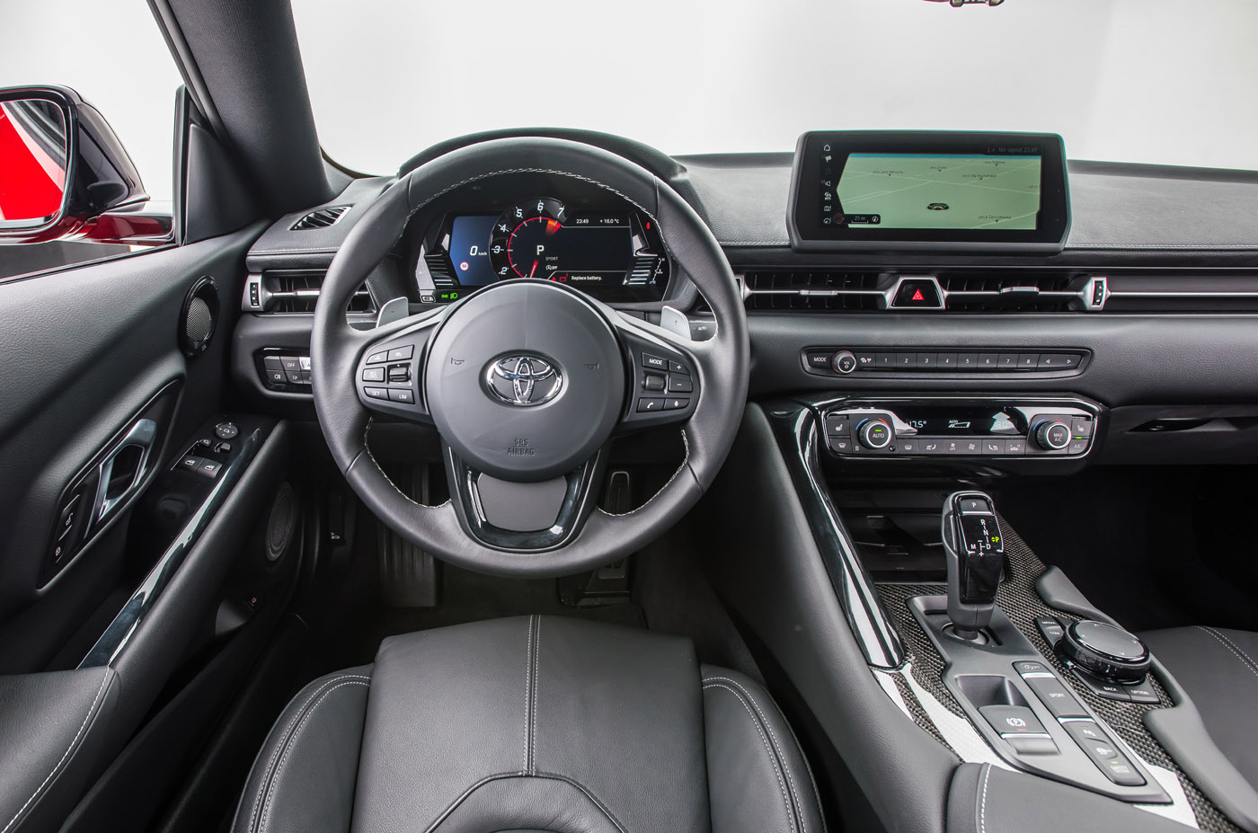 Premiera - Toyota GR Supra - wnętrze