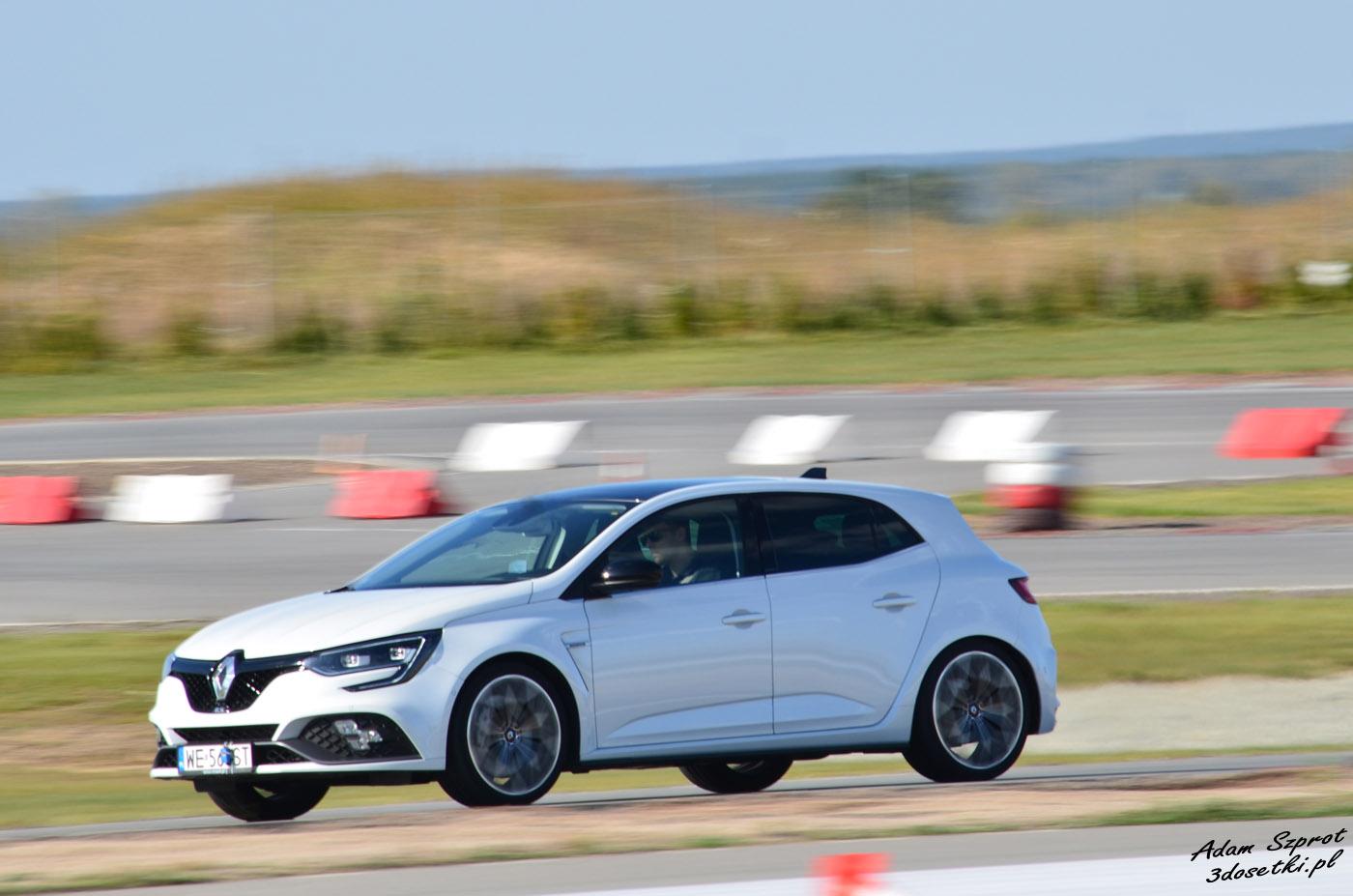 Renault Megane RS na torze