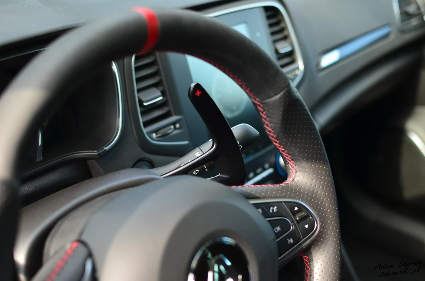 Łopatki w Renault Megane RS