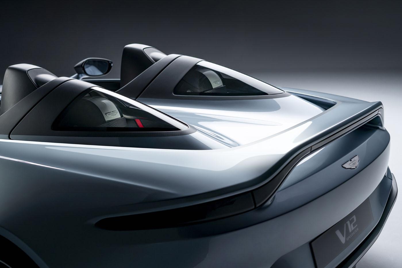 Aston Martin V12 Speedster - premiera