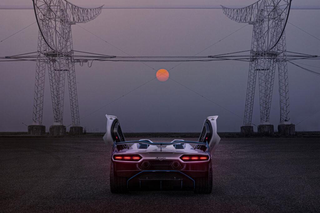 Lamborghini SC20 tył, otwarte drzwi